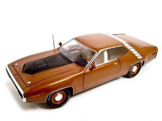 1971 Plymouth RoadRunner Burnt Orange 118 Diecast ERTL Toys & Games