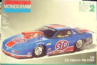 Monogram 2933 Rickie Smith STP Firebird Pro Stock 1/24 Scale Plastic Model Kit: Toys & Games