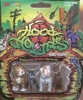 Hood Hounds Pitbulls Doberman American Bulldog Figures Figurines Toys & Games