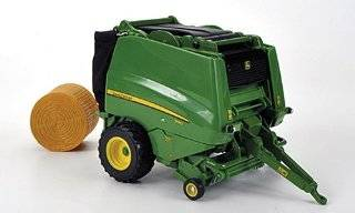 John Deere 990, green, press for round bales , Model Car, Ready made, Britains 132 Britains Toys & Games