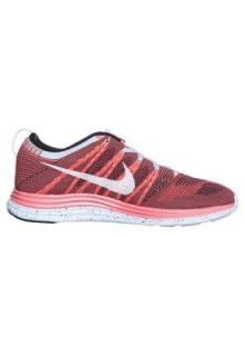 FLYKNIT LUNARONE+   Lightweight running shoes   pink Nike Performance
