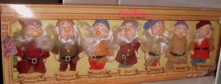 Disney's Snow White Seven Dwarfs Fully Jointed Figures Toys & Games