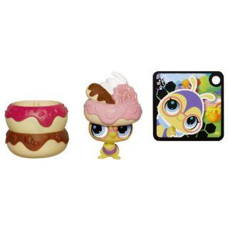 Littlest Pet Shop Hide 'N Sweet Bee Pet: Toys & Games