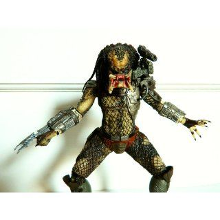 NECA Predators 2010 Movie Series 1 Action Figure Classic Predator: Toys & Games