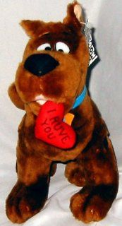 """Scooby Doo Plush with """"I Ruve You"""" Heart in Mouth: Toys & Games"""