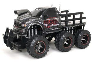 New Bright 1:14 R/C BAD SIX WHEELER, FF NEW Scratch Print Finish: Toys & Games