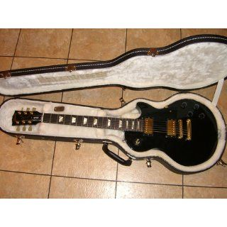 Gibson Les Paul Studio Electric Guitar, Ebony   Gold Hardware Musical Instruments