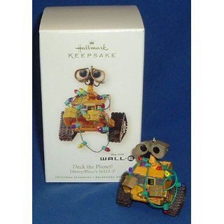 Deck the Planet Disney/Pixar's WALL E 2008 Hallmark Ornament   Collectible Figurines