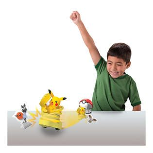 Tomy Pokémon Quick Attackers Pikachu   Toys & Games   Action Figures